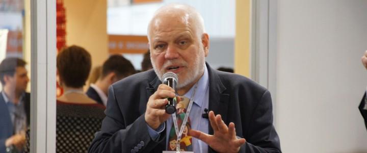 Алексей Семенов: «Считается, что педагогический университет готовит учителей разных предметов. На деле это не так»