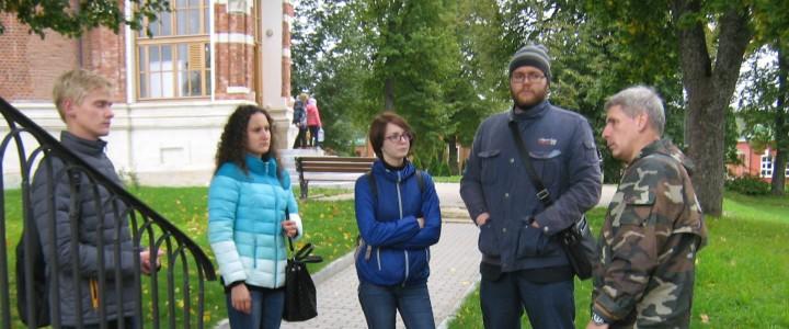 """Студенты Института истории и политики провели """"пробную"""" экскурсию в Бородино"""