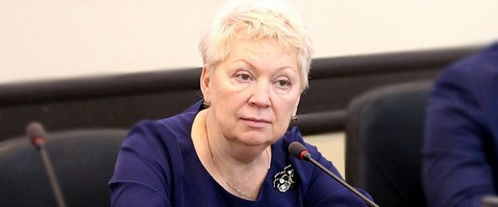 Министр Ольга Васильева – за возврат к лучшим традициям советской школы