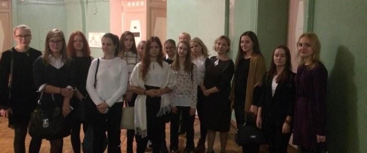 Вести с практики: студенты 2 курса провели экскурсию для московских школьников