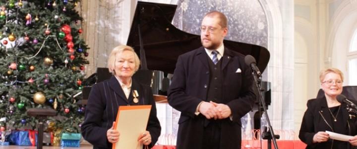 Поздравляем Тамару Семеновну Комарову