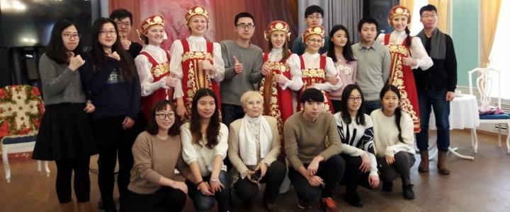Поездка в города Нижний Новгород – Городец с группой китайских студентов ИСГО МПГУ
