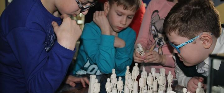 В Институте биологии и химии прошла встреча с воспитанниками Сергиево-Посадского детского дома слепоглухих