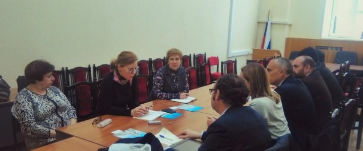 Развитие академических обменов между университетами: встреча с делегацией Университета Валенсии и Университета Кардинал Эррера