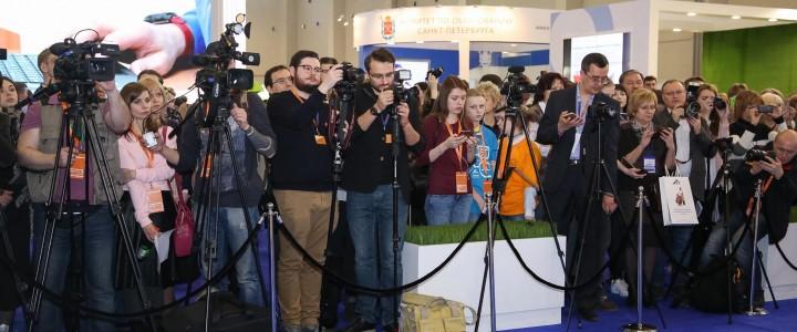 Студенты Института журналистики, коммуникаций и медиаобразования успешно отработали в пресс-центре ММСО-2017