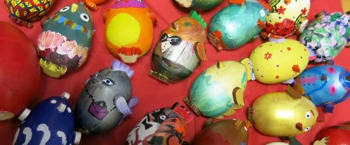 """""""Писанки"""", """"крашенки"""", """"малеванки"""": студенты-культурологи изучают пасхальные традиции"""
