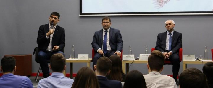 Студенты кафедрыГМУ приняли участие в обсуждение предстоящих выборов Президента России