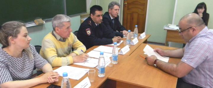 Государственные экзамены начались у выпускников Шадринского филиала Московского педагогического государственного университета