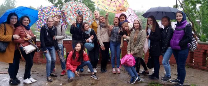 Студенты факультета дошкольной педагогики и психологии в Музее игрушки города Сергиев Посад