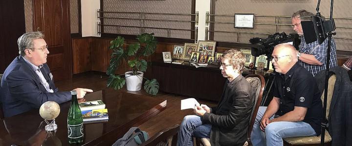 Ректор МПГУ дал интервью о Российской революции немецкой телерадиокомпании RBB