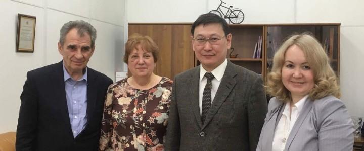 25-летие целевой подготовки специалистов по востребованным специальностям отмечают в Якутске