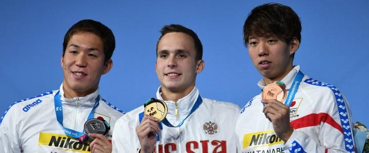 Антон Чупков – чемпион мира и рекордсмен по плаванию на дистанции 200 м брассом.