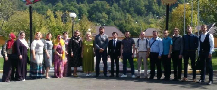Студенты Института филологии приступили к работе в оздоровительных лагерях Чеченской Республики
