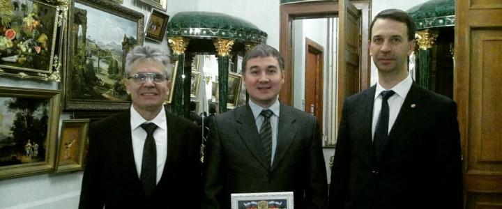 Сотруднику Института физики, технологии и информационных систем вручен сертификат конкурса грантов Президента