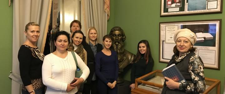 Студенты факультета дошкольной педагогики и психологии посетили музей В.И. Даля