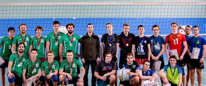 Мужская волейбольная сборная ИБХ выиграла финал чемпионата МПГУ!