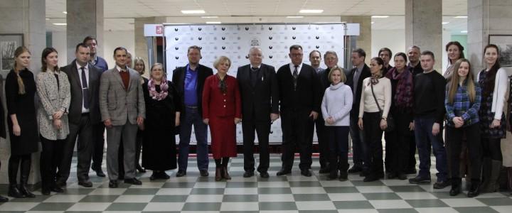25 января 2018 г. В День студента и святой Татианы, в КГФ открытие выставки графики студентов и выпускников художественно-графического факультета Института искусств