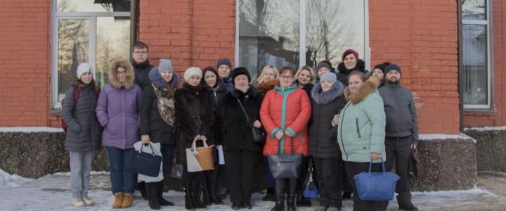 Студенты в Сергиево-Посадской гимназии имени И. Б. Ольбинского