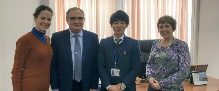 В Институте иностранных языков планируют расширить изучение восточных языков