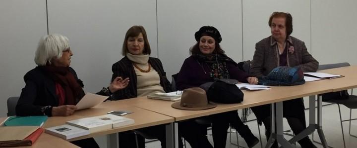 Преподаватель Института международного образования на международной конференции в Париже