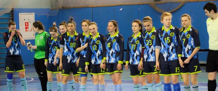 Женская сборная МПГУ обыграла соперниц из МГСУ-МИСИ со счетом 10:2