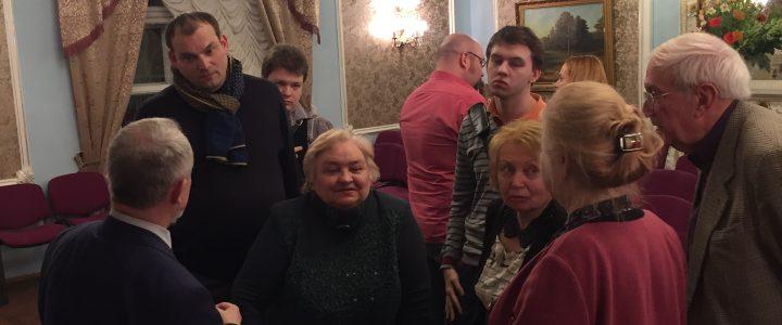 В.А. Сухомлинский – А.С. Макаренко: Противник или последователь