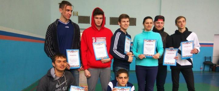 Мужская сборная Анапского филиала МПГУ по волейболу заняла2место