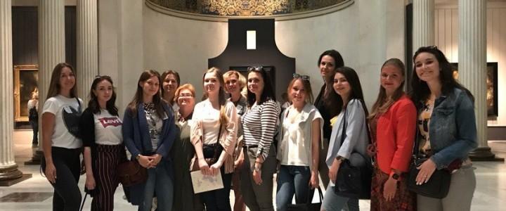 Студенты-историки побывали в ГМИИ имени А.С. Пушкина