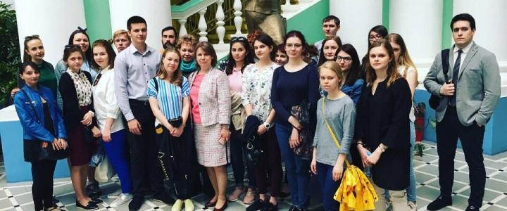 Студенты ИБХ посетили мероприятия, приуроченные к 73-й годовщине Великой Победы, проходящие в МПГУ