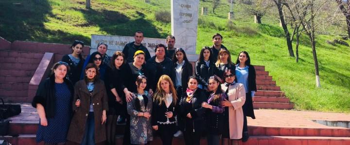 Память и памятники: студенты  Дербентского филиала МПГУ провели уборку на братских могилах