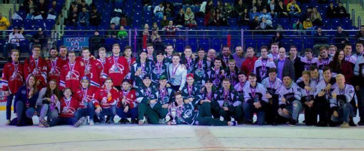 Сборная команда МПГУ по хоккею стала бронзовым призером регулярного чемпионата Московской хоккейной студенческой лиги в дивизионе «Бакалавр»