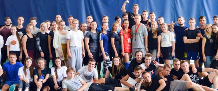 В Институте физической культуры, спорта и здоровья прошли соревнования между студентами 1 курса