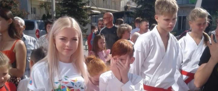 Студенты  Анапскогофилиала МПГУ оказывали волонтерскую помощь на XI ОткрытыхВсероссийских юношеских играх боевых искусств