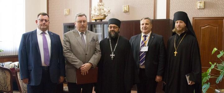 Более 250 человек приняли участие в конференции «Духовно-нравственное образование в современной России» в МПГУ
