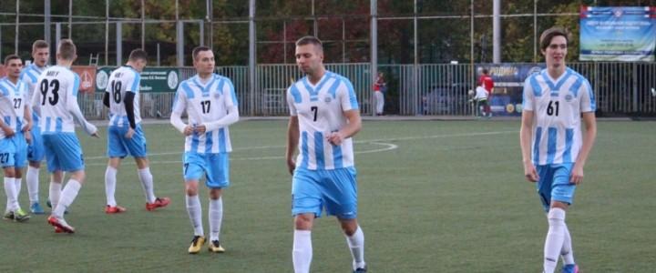 Мужская футбольная сборная МПГУ по футболу успешно провела третий матч в новом сезоне