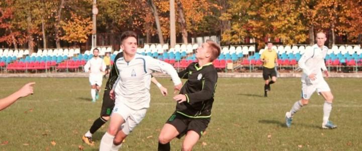 Теперь без права на ошибку: досадное поражение мужской сборной команды по футболу