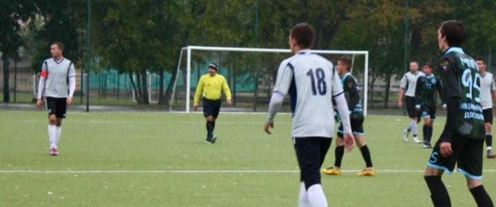 Первая победа мужской сборной по футболу в регулярном чемпионате Москвы среди студентов