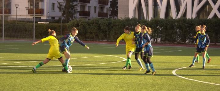Наша женская сборная по футболу обыграла команду из МГТУ им.Баумана