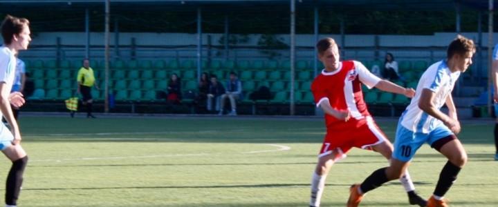 Мужская сборная команда МПГУ по футболу провела первый матч сезона в ничью