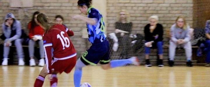 18 ноября женская сборная МПГУ по мини-футболу провела свой 2-ой матч в студенческом чемпионате против РГУФКСМиТ