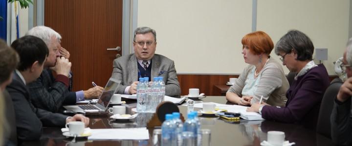 На заседании ректората обсудили несколько острых вопросов