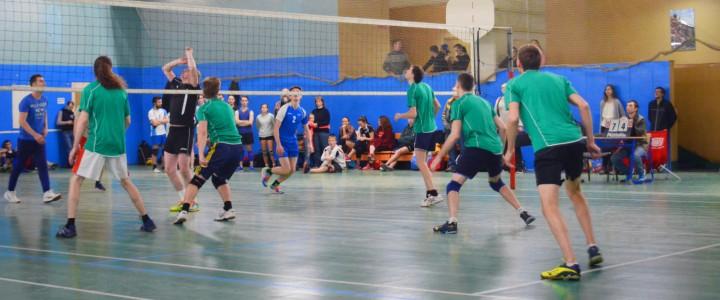В Институте физической культуры, спорта и здоровья состоялся ежегодный Кубок Ректора по волейболу, посвященный Дню Рождения МПГУ