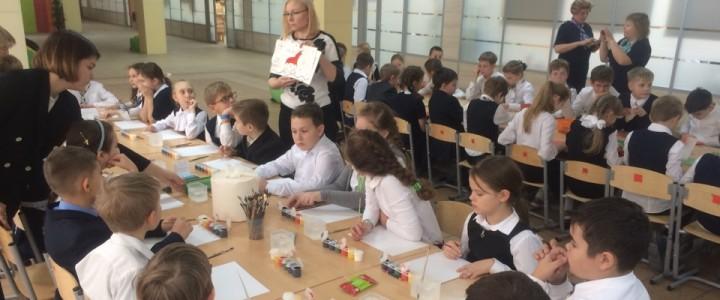 Школьники, студенты и педагоги МПГУ провели образовательную программу «Россия в мире» в московской школе №2025