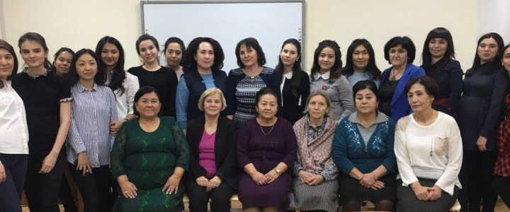 Профессор Л.А. Головчиц посетила Ташкентский государственный  педагогический университет им. Низами