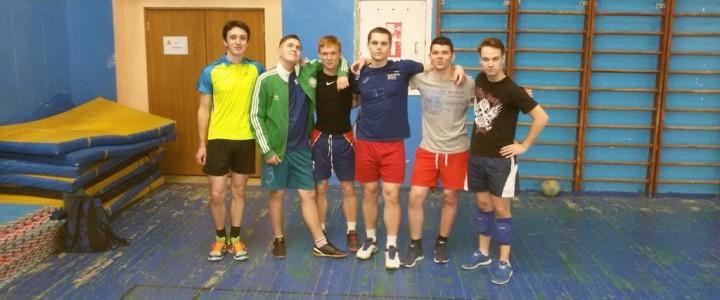 Победа нашей мужской сборной по волейболу