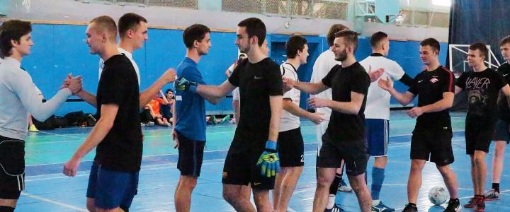 Подведены итоги группового этапа чемпионата ИФКСиЗ по мини-футболу среди юношей