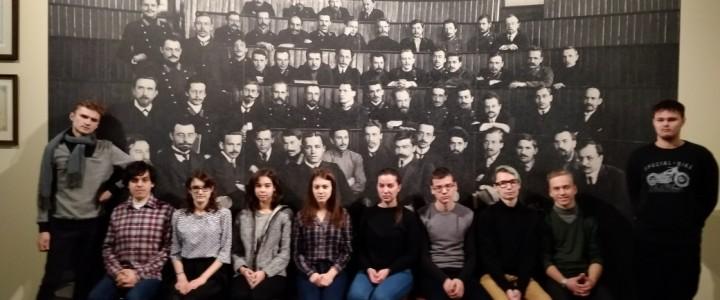 Экскурсия студентов в музей истории медицины Первого МГМУ им. И.М. Сеченова
