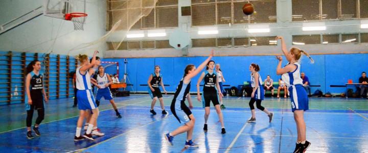 Женская сборная МПГУ второй раз обыграла Московский политех в 1/8 плей-офф
