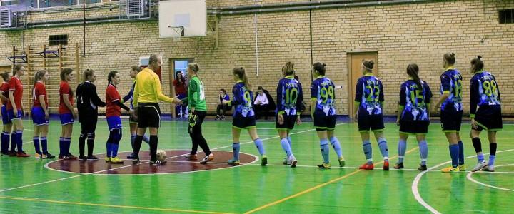 Женская сборная МПГУ по мини-футболу обыграла сборную ГУУ со счетом 9:1