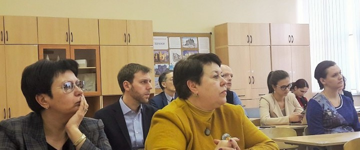 """Приоритетные направления сотрудничества в системе """"школа – вуз"""""""
